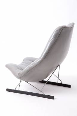 Geoffrey Harcourt grey leather lounge chairs