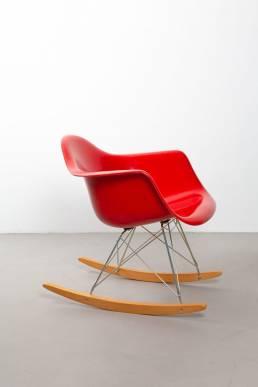 Eames rar red polyester fiberglas