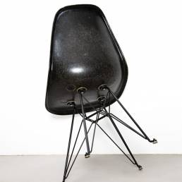 Eames black fiberglas sideshell